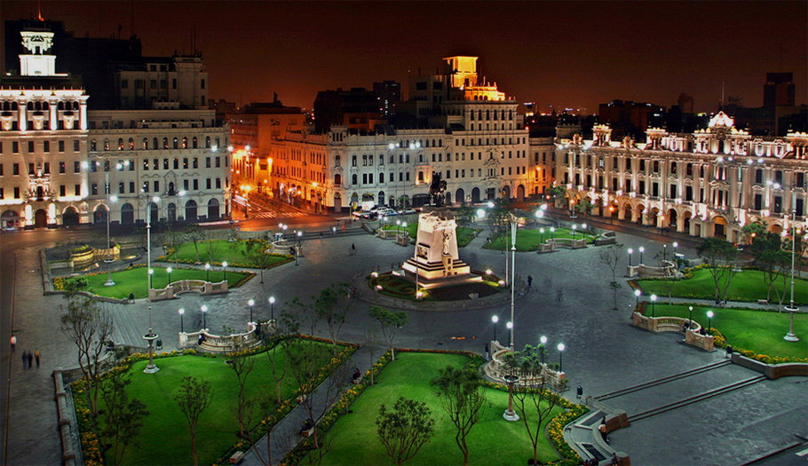 Peru_lima_Plaza San Martín